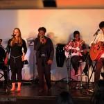 Concert a Méjanes le clap 25 Juillet Jean-Luc, Myriam, Milène, Tuintim et Alexandre. Nous avons maintenant deux bons guitaristes !