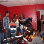 Tuintim, Alexandre, Grace, Adrienne, (et Myriam, derrière le micro) Guillaume au branchement, Michel à la photo