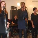 Premier spectacle du tour d'Adrienne à la M.J.C. (répétition publique du spectacle programmé le 11 mai, à la salle Jacques Berrier de Sarcelles)