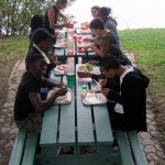 """Déjeuner """"sur l'herbe"""" à Chorges"""
