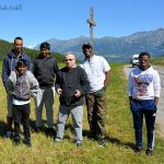 Alexandre, Abimanyou, Jean-Luc, Yves, Grace et Kevin, au col de Moissière, entre Saint-Bonnet et Saint Léger les Mélèze