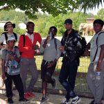Au Zoo de Beauval : Abimanyou (premier plan), Samuel, Tony, Grâce, Alexandre et Kevin