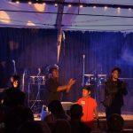 Yves et Alexandre font se lever le public dans «Attention» à Oléron (26 Juillet)