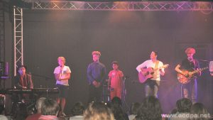 Jean-Luc, Lucas, Isaia, Abimaniou, Jérôme et Alexandre, à Oléron lors du 2ème spectacle (27 août 2017)