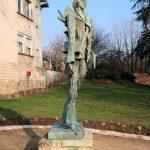 Statue de Vincent Van Gogh par Ossip Zadkine, sculpteur français d'origine russe