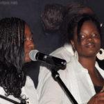 Évidaly et Adrienne (aux percussions)